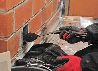 Чистка печи от сажи современным оборудованием без доступа на крышу от мастера печника - трубочиста в Санкт-Петербурге и Ленинградской области
